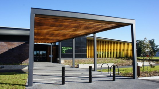 Pakenham Library